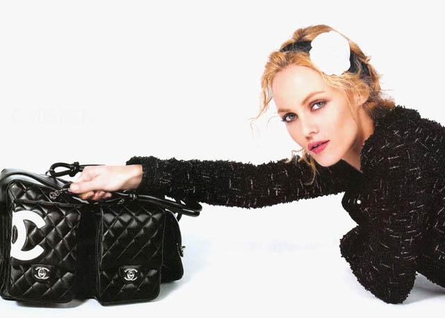 Vanessa Paradis na campanha da Chanel bag - foto: divulgação