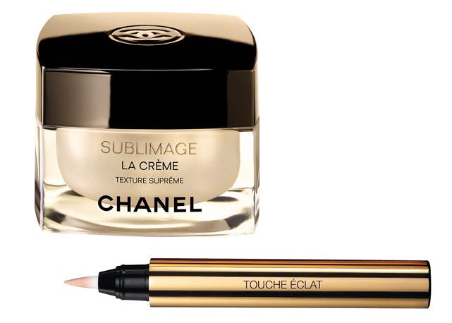 Creme anti-idade Sublimage La Crème, Chanel, R$ 1.560; e Iluminador Touche Éclat, YSL, R$ 215 - Foto: reprodução/Harper's Bazaar