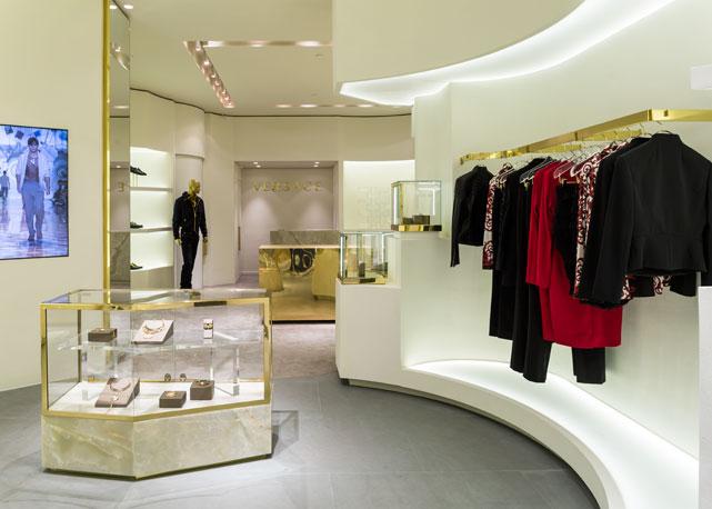 Interior da loja da Versace no shopping Iguatemi (SP) - Foto: divulgação